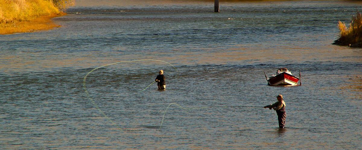 image: fishing in salmon river, idaho : autumn