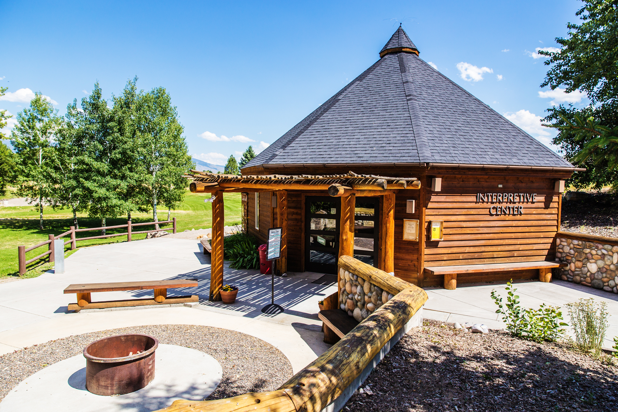 Sacajawea Visitor Center